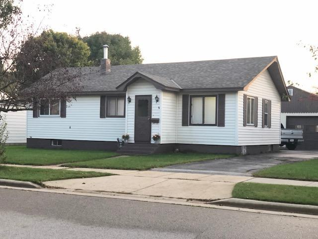 View Single-Family Home For Sale at 2813 Minnesota St, Marinette, WI