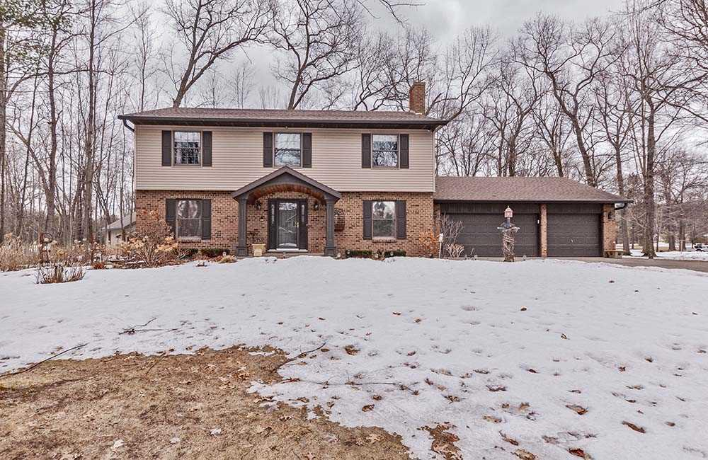 View Single-Family Home For Sale at N2122 HWY BB, Marinette, WI