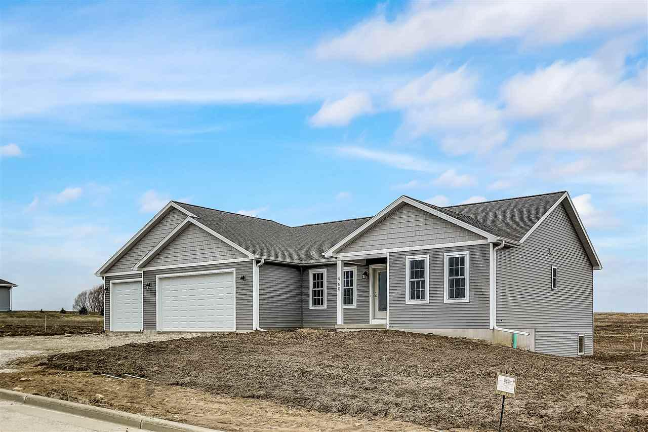 View Single-Family Home For Sale at 965 Partridge Ln, Lomira, WI