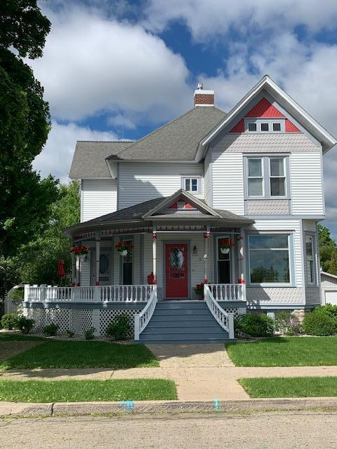 View Single-Family Home For Sale at 1109 1ST ST, MENOMINEE, MI