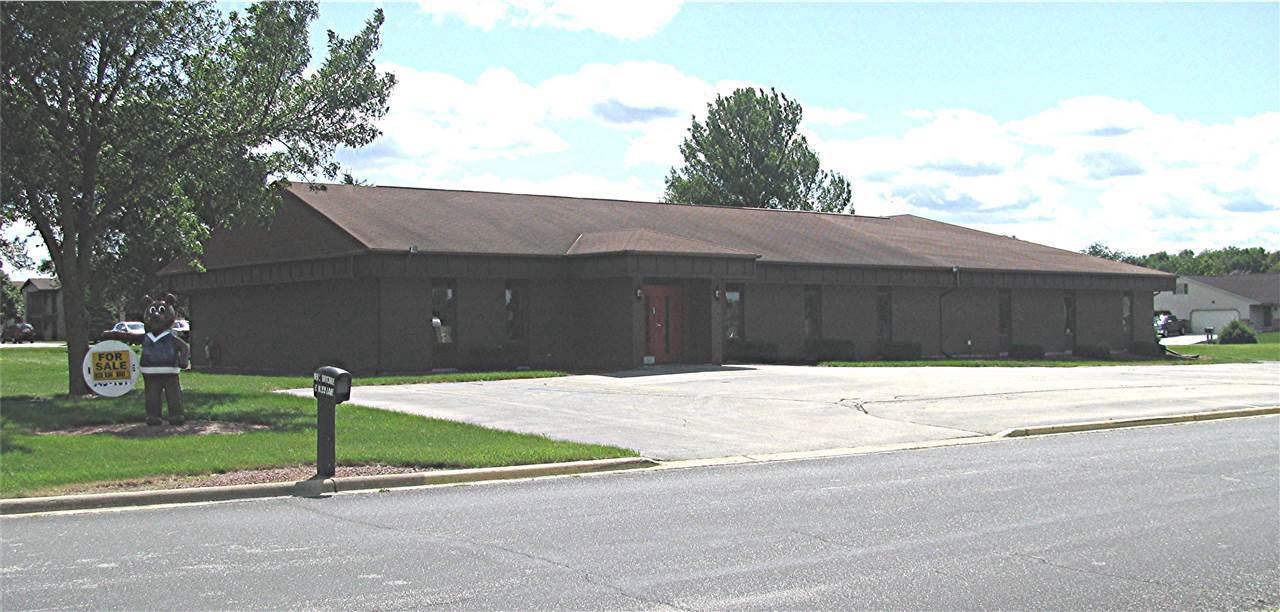 View Commercial For Sale at 415 ROBIN LANE, Luxemburg, WI