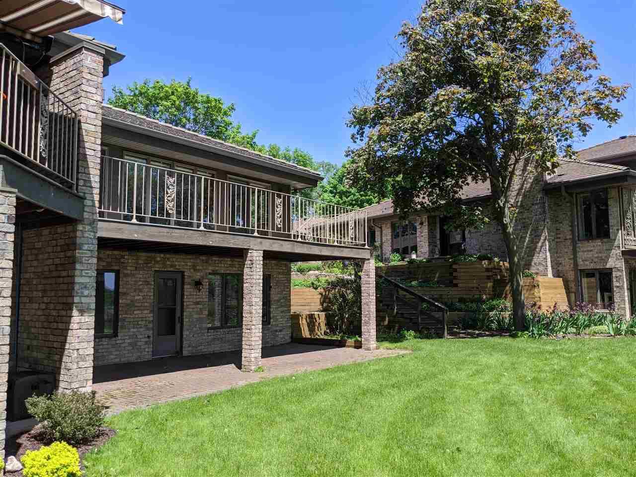 View Condo For Sale at 3083 FOX RUN, Appleton, WI
