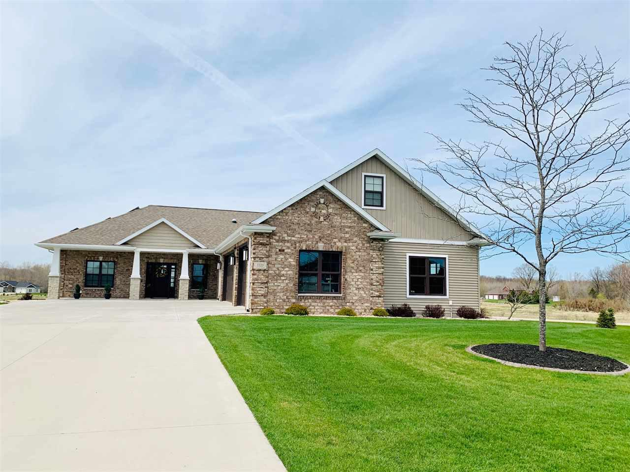 View Single-Family Home For Sale at 3320 KNOX LANE, Neenah, WI