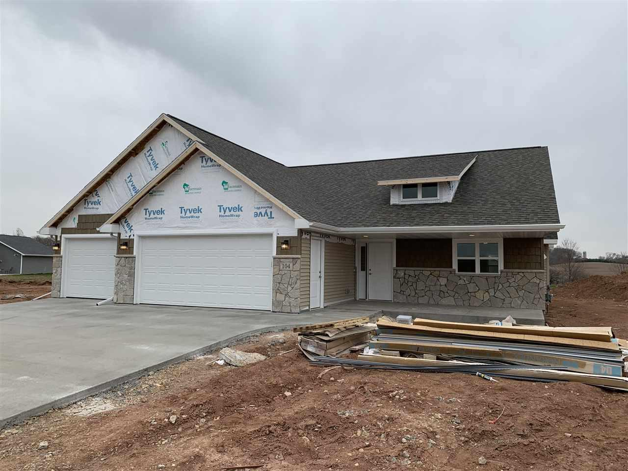 View Single-Family Home For Sale at 104 ZACHAREY COURT, New London, WI