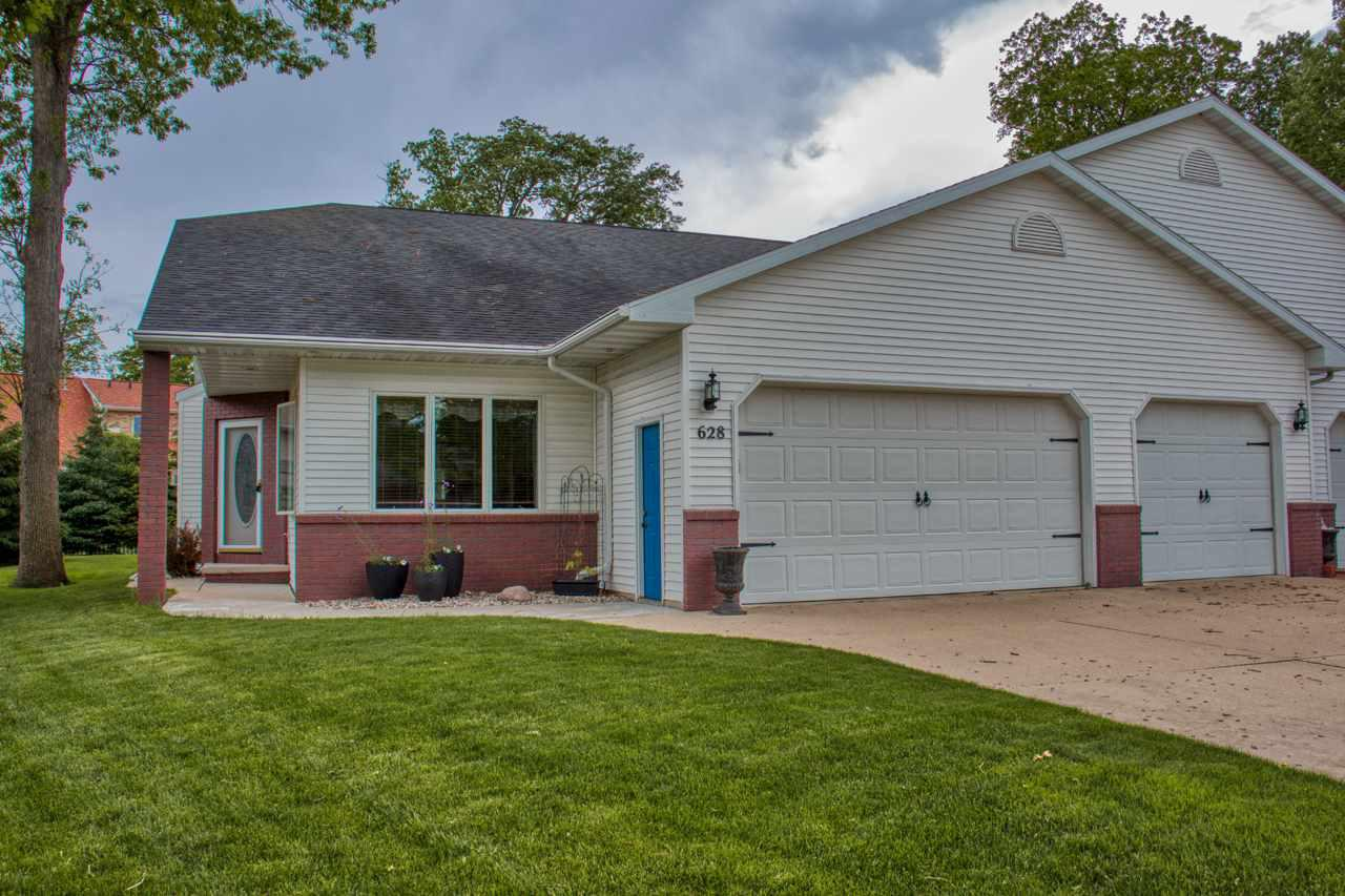 View Single-Family Home For Sale at 628 HIGHVIEW LANE, Kimberly, WI