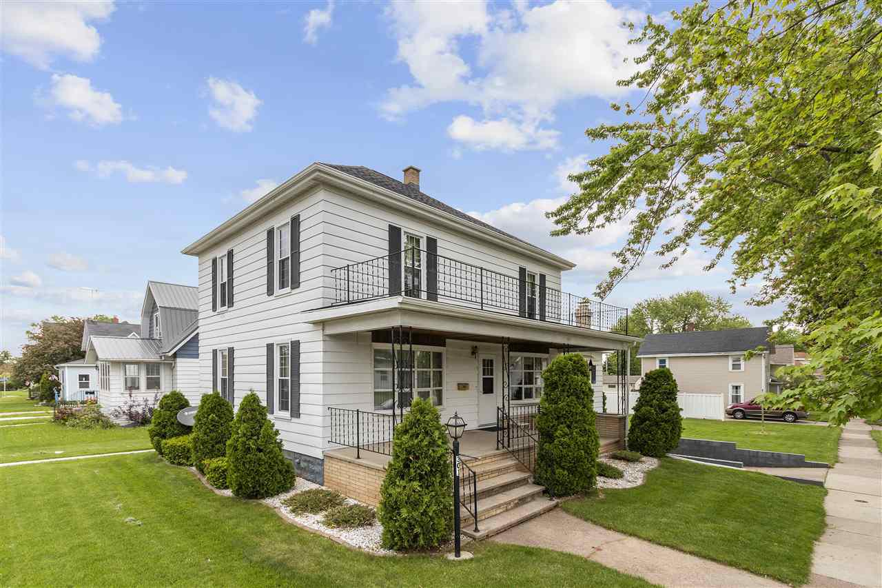 View Single-Family Home For Sale at 301 E QUINCY STREET, New London, WI