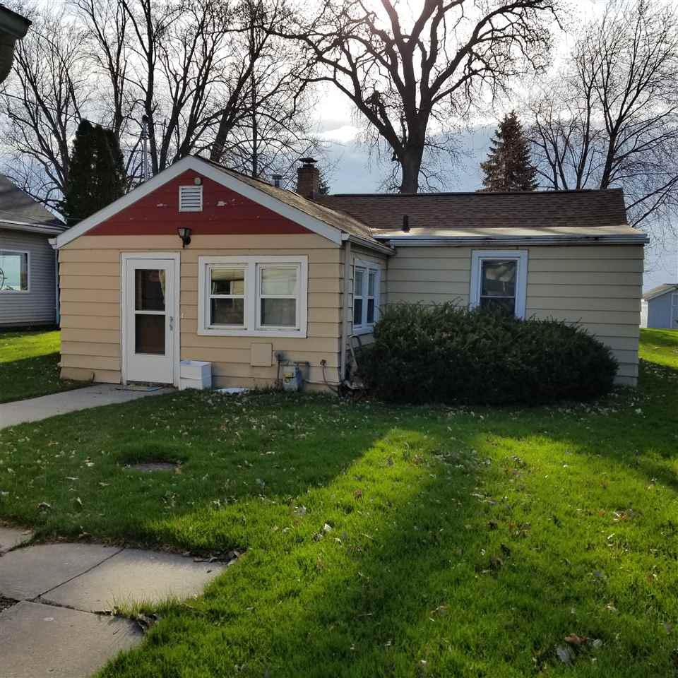 View Single-Family Home For Sale at 3016 SHOREWOOD DRIVE, Oshkosh, WI