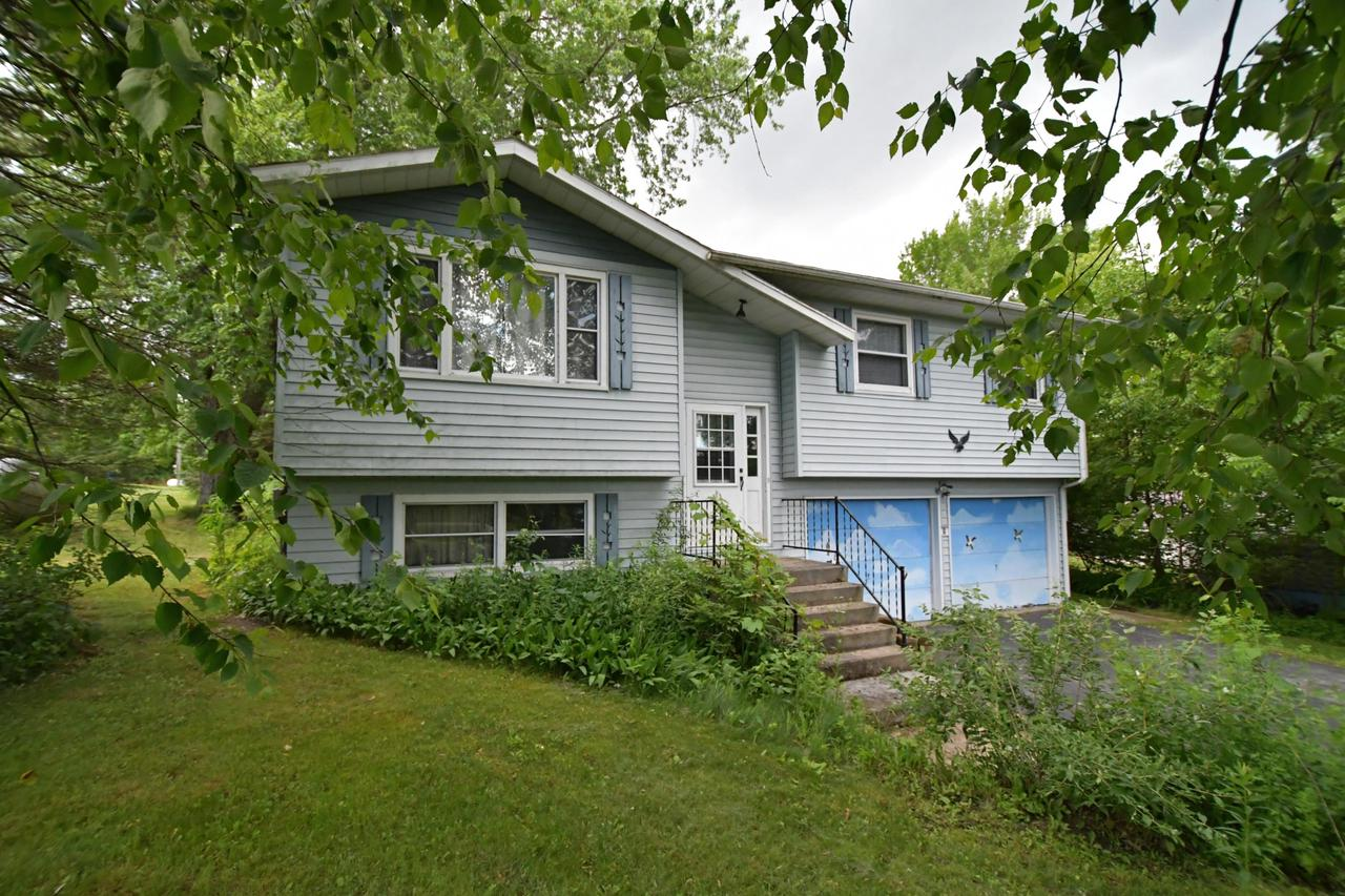 View Single-Family Home For Sale at N3157 Lakeview Dr W, Markesan, WI