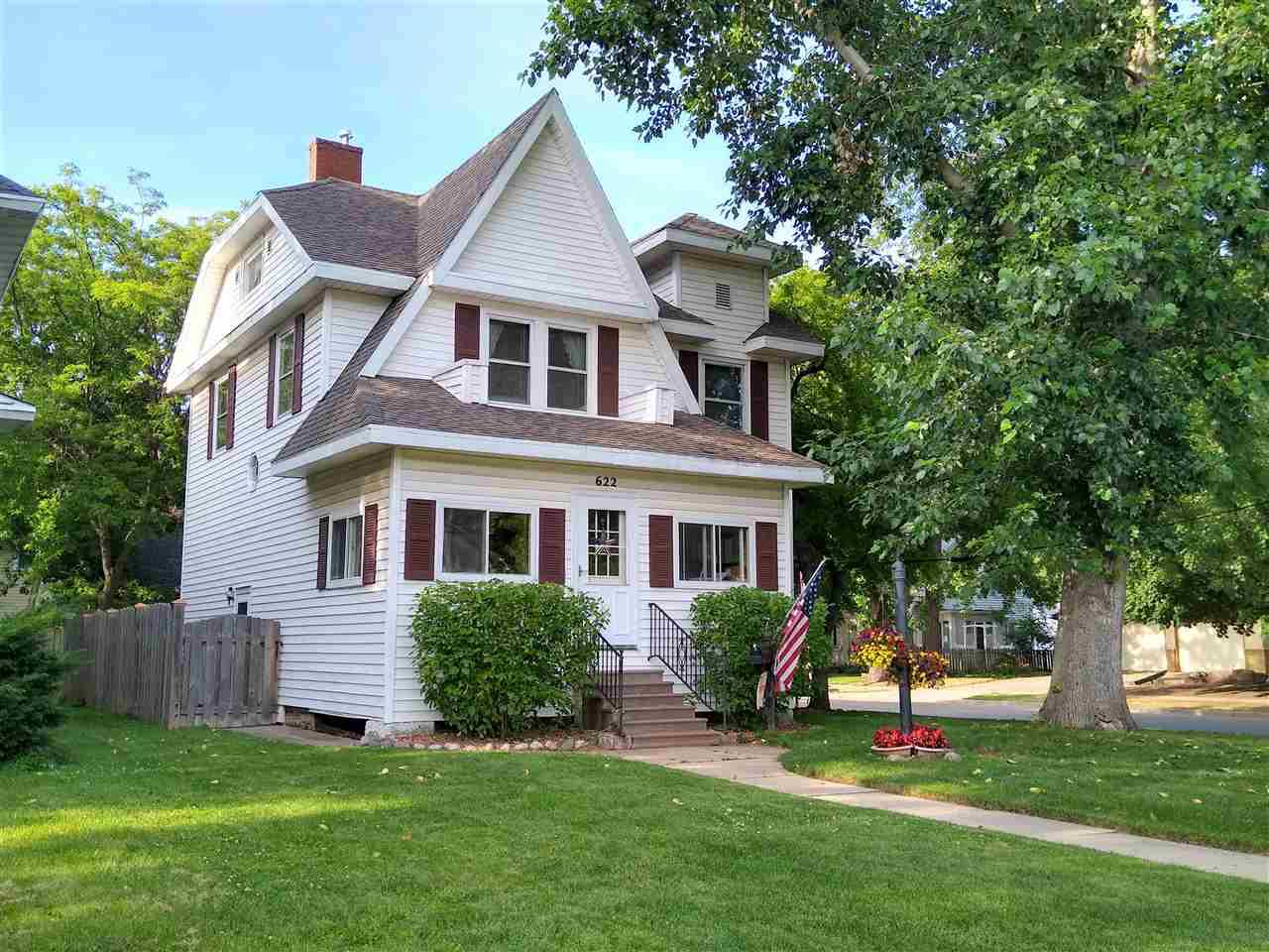 View Single-Family Home For Sale at 622 E Irving Ave, Oshkosh, WI