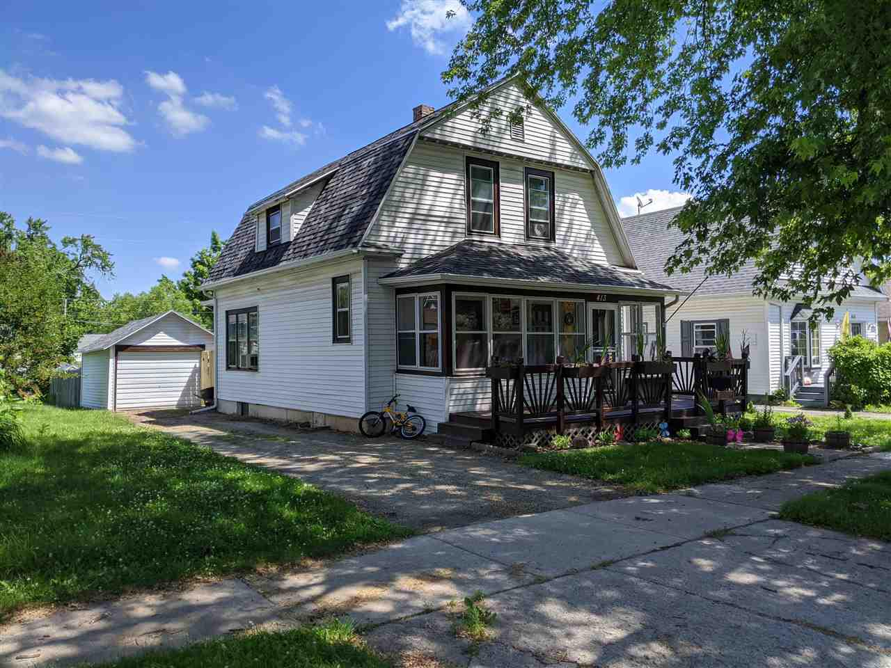 View Single-Family Home For Sale at 413 E HANCOCK STREET, New London, WI