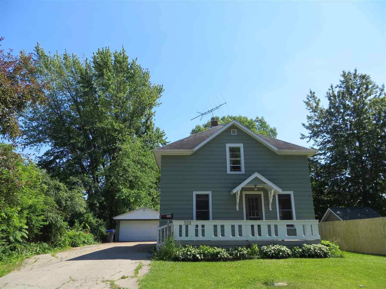 View Single-Family Home For Sale at 508 E PINE STREET, New London, WI