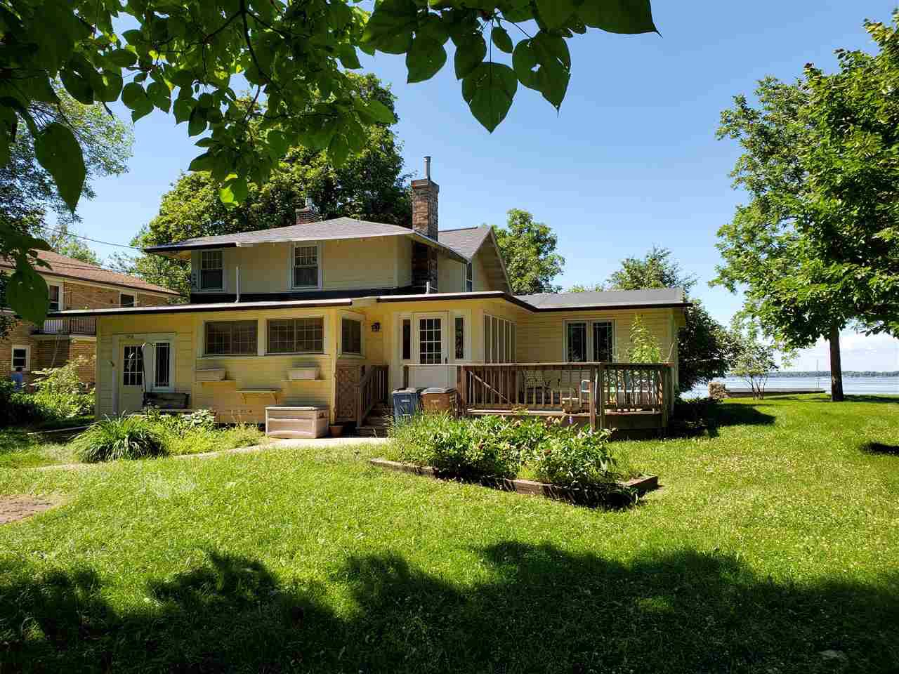 View Single-Family Home For Sale at 2898 OAKWOOD LANE, Oshkosh, WI