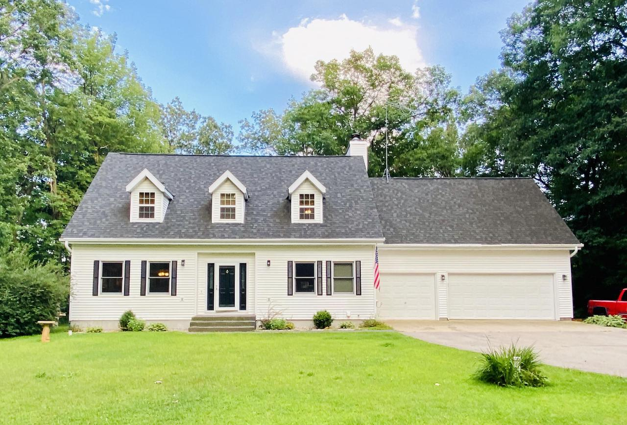 View Single-Family Home For Sale at N7030 Shady Ln Cir, Porterfield, WI