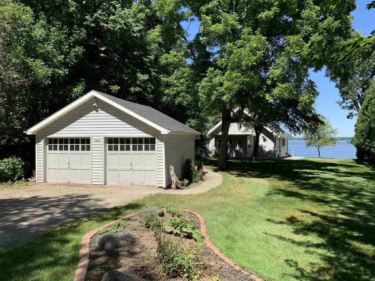 View Single-Family Home For Sale at 3994 HIGHLAND SHORE LANE, Oshkosh, WI
