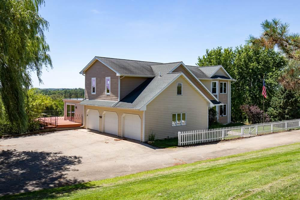 View Single-Family Home For Sale at 8619 EDGEWATER RIDGE, Omro, WI