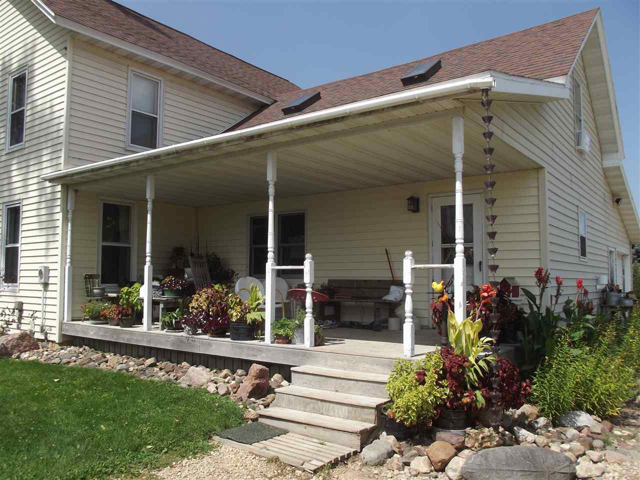 View Single-Family Home For Sale at 3659 W 650 Ave, Spring Valley, WI