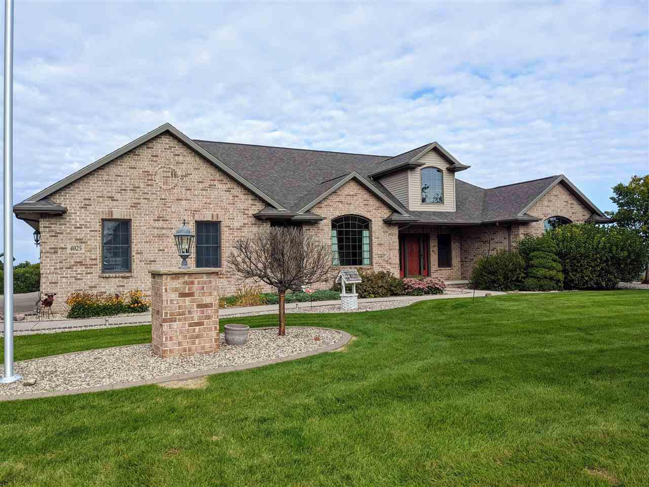 View Single-Family Home For Sale at 4025 MARQUART LANE, Omro, WI