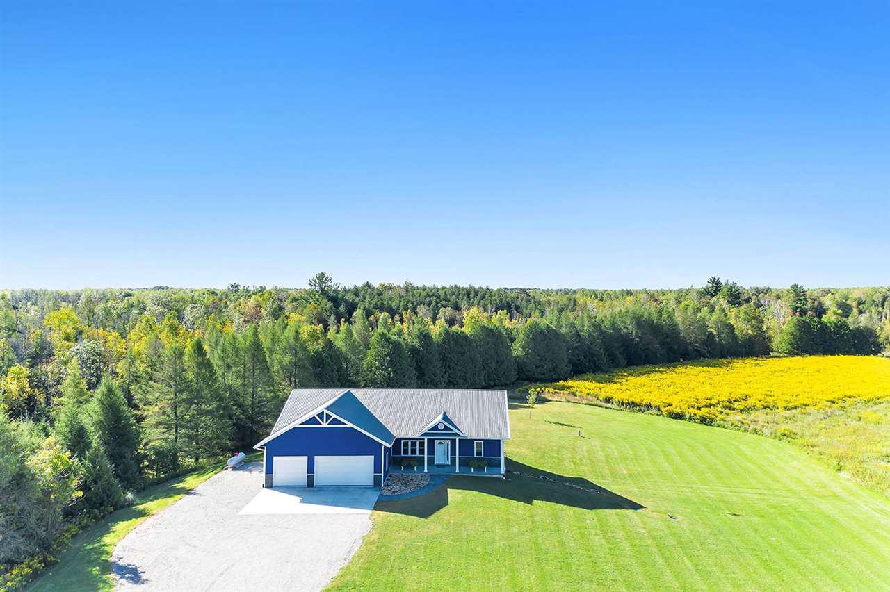 View Single-Family Home For Sale at W5433 CHURCH LANE, Peshtigo, WI