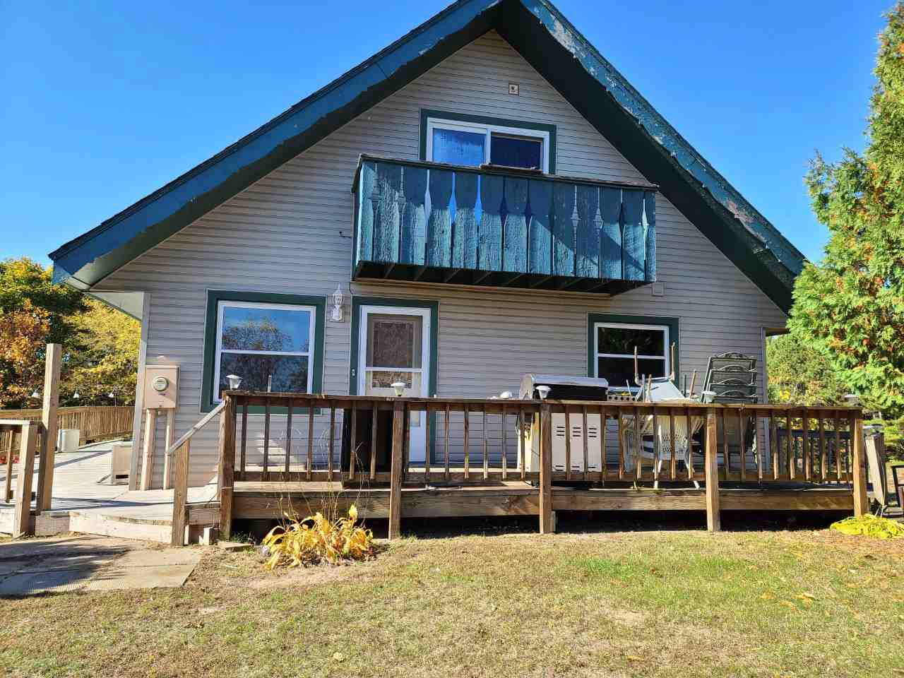 View Single-Family Home For Sale at N1408 3RD LANE, Coloma, WI
