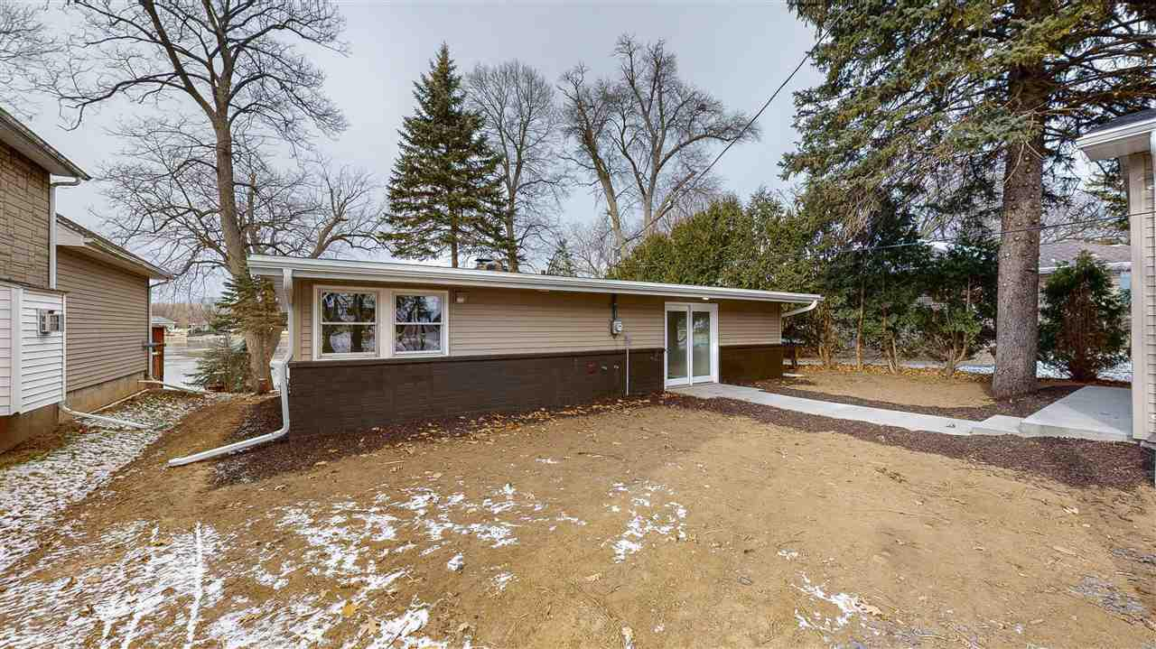 View Single-Family Home For Sale at 1794 LAKESHORE DRIVE, Menasha, WI