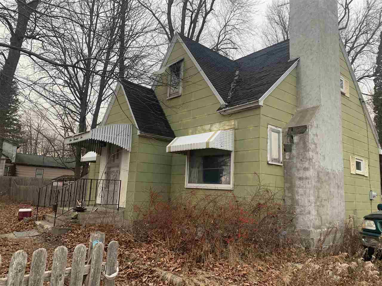 View Single-Family Home For Sale at N1643 HWY M-35, Menominee, MI