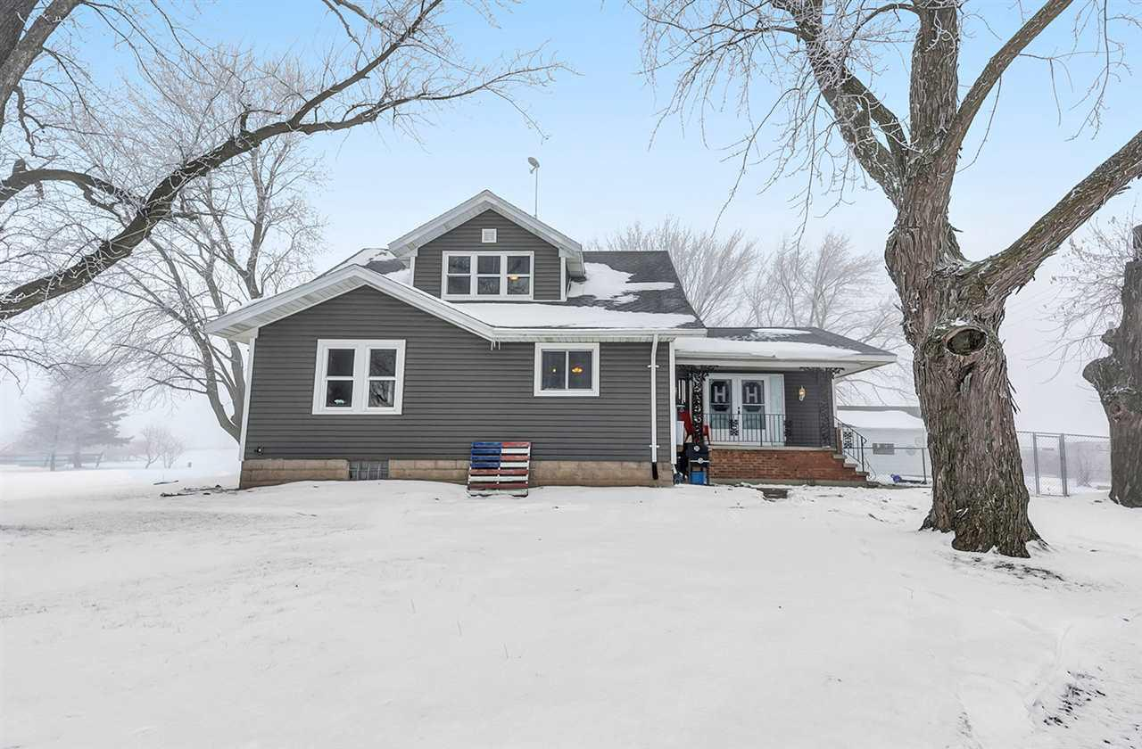 View Single-Family Home For Sale at N8877 HWY Y, Seymour, WI