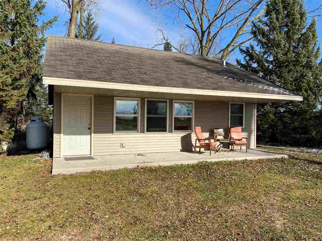 View Single-Family Home For Sale at N4306 HWY M, New London, WI