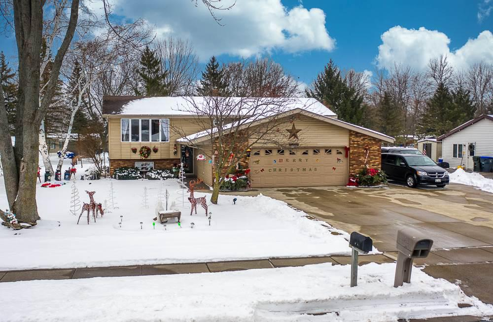 View Single-Family Home For Sale at W7557 PARK AVENUE, Shiocton, WI