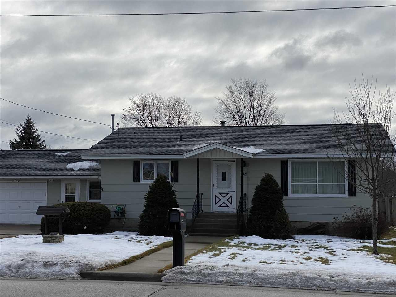 View Single-Family Home For Sale at 1109 CLEVELAND AVENUE, Marinette, WI