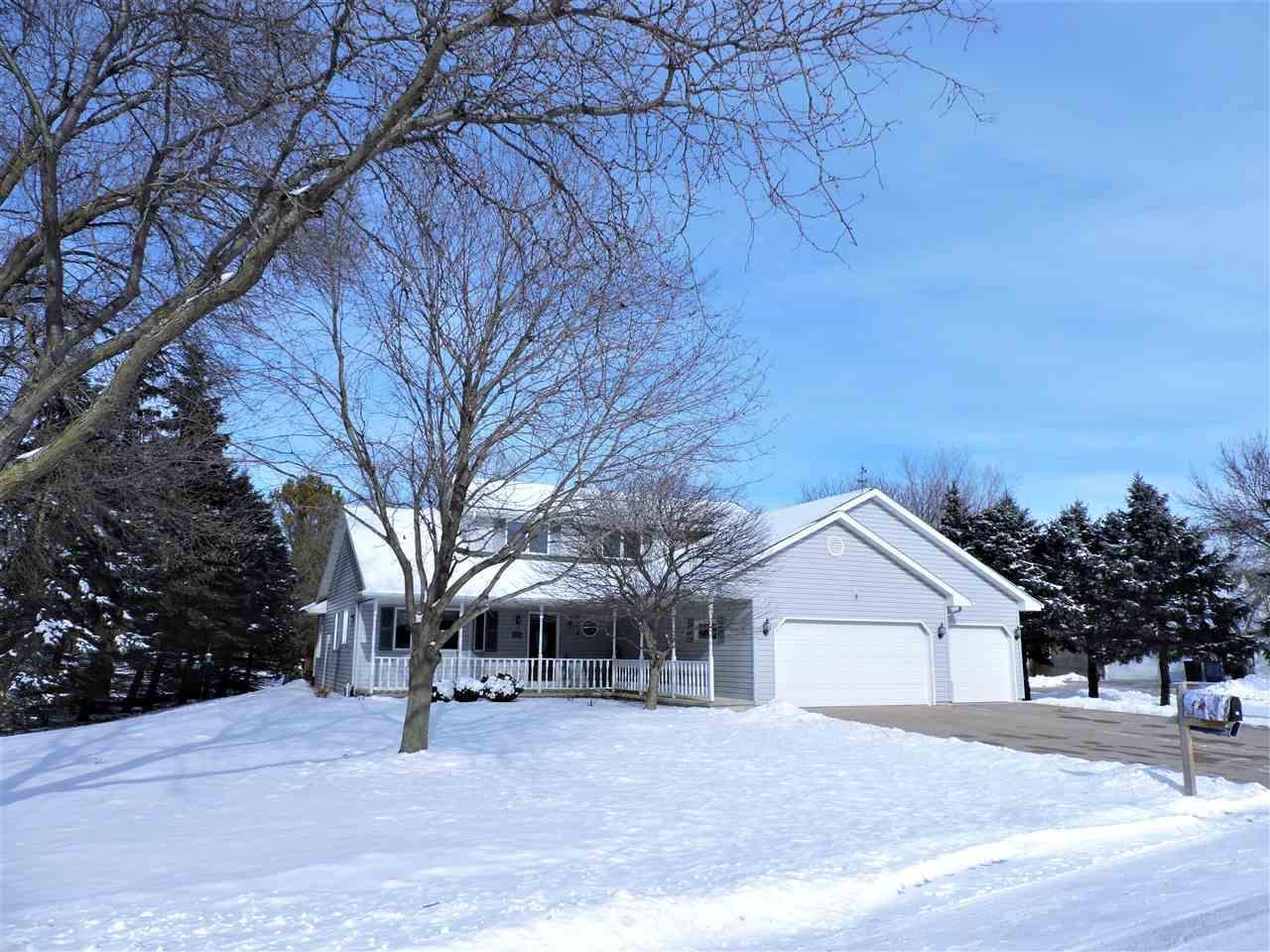View Single-Family Home For Sale at 719 E RIVER DRIVE, Omro, WI