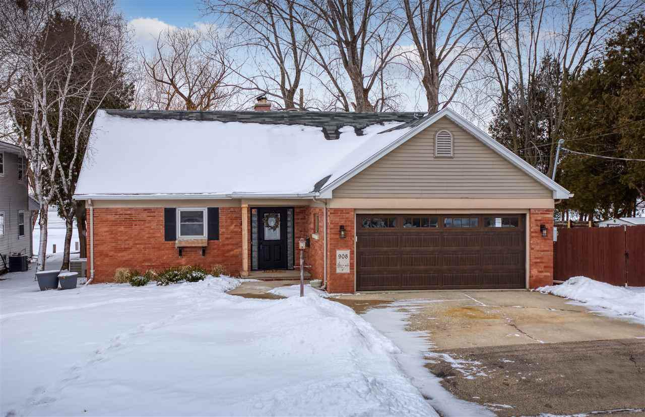View Single-Family Home For Sale at 908 EMILY STREET, Menasha, WI