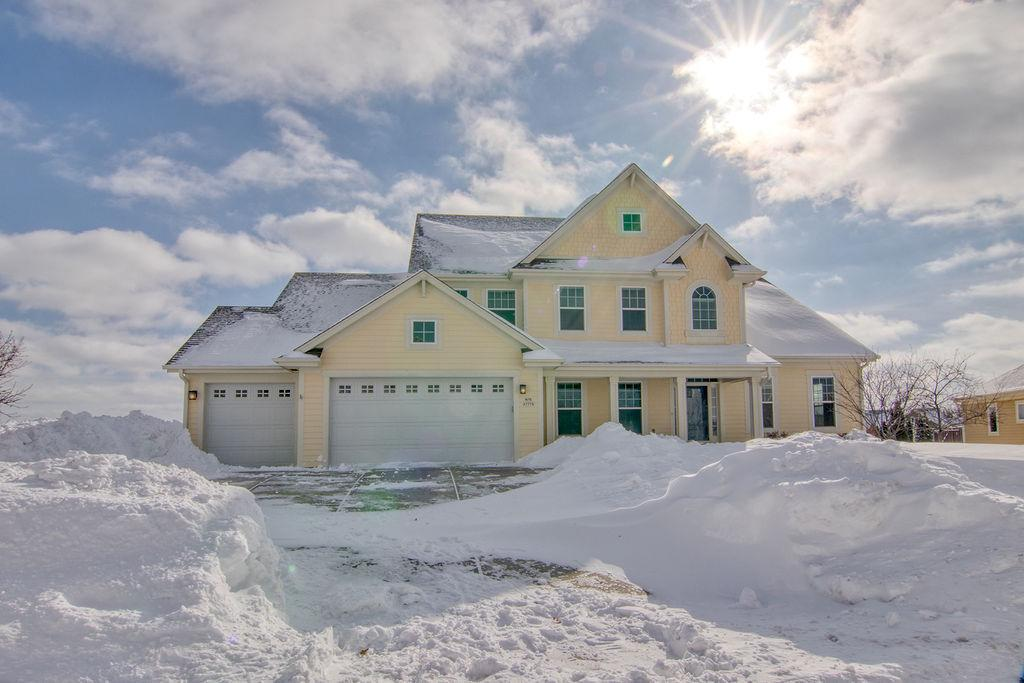 View Single-Family Home For Sale at N76W7775 Topview Trl, Cedarburg, WI
