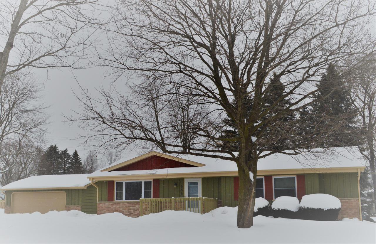 View Single-Family Home For Sale at 656 W Hollybrook Ln, Saukville, WI