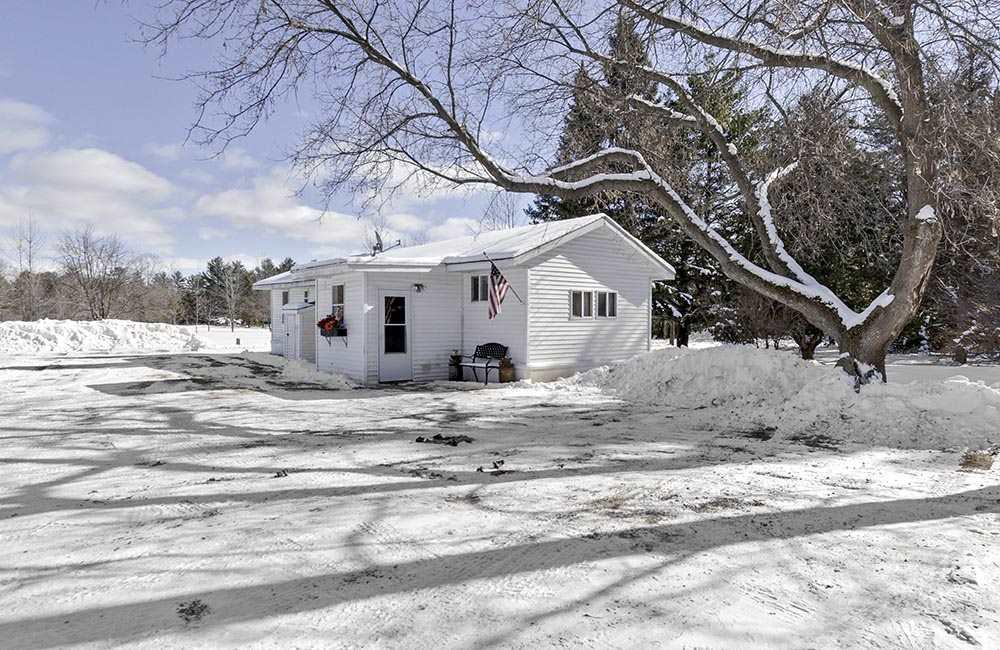 View Single-Family Home For Sale at N4644 HWY E, Peshtigo, WI