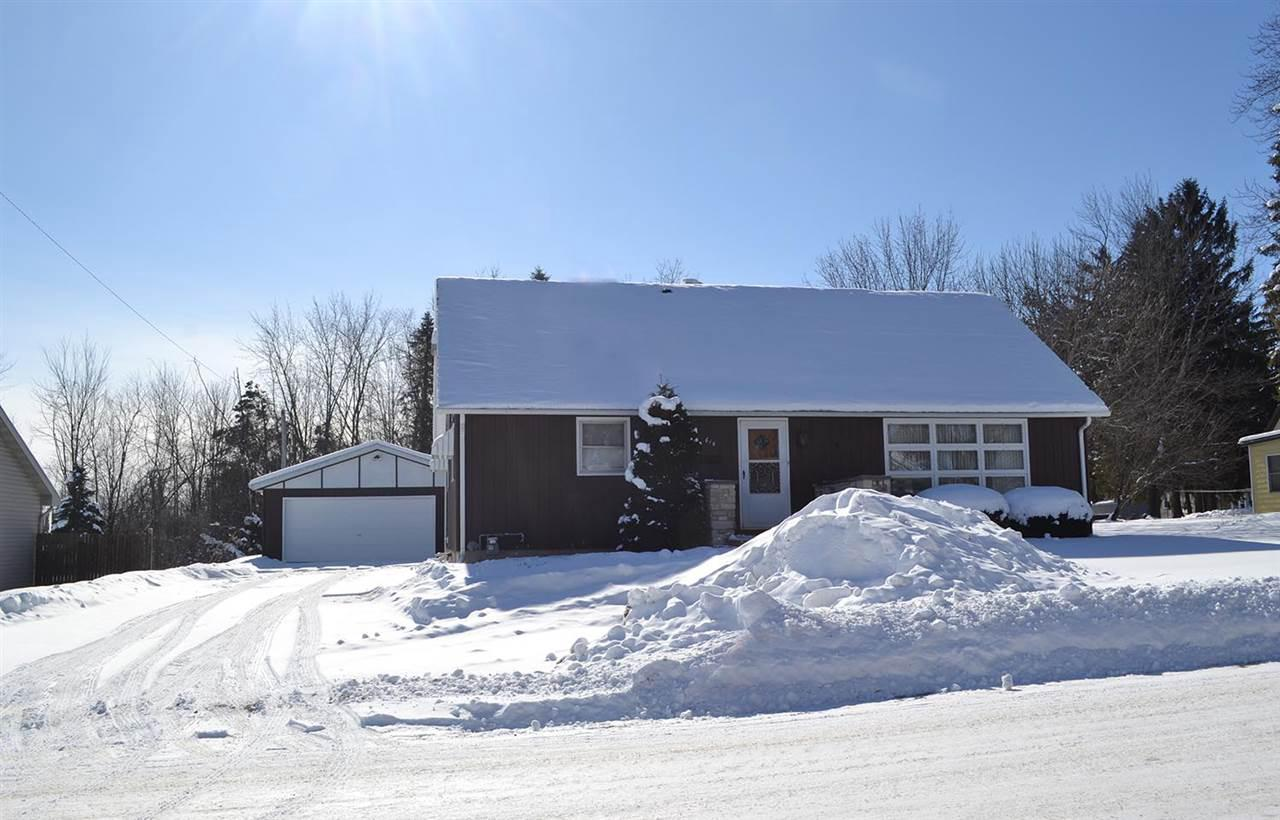 View Single-Family Home For Sale at 614 E WALLACE STREET, New London, WI