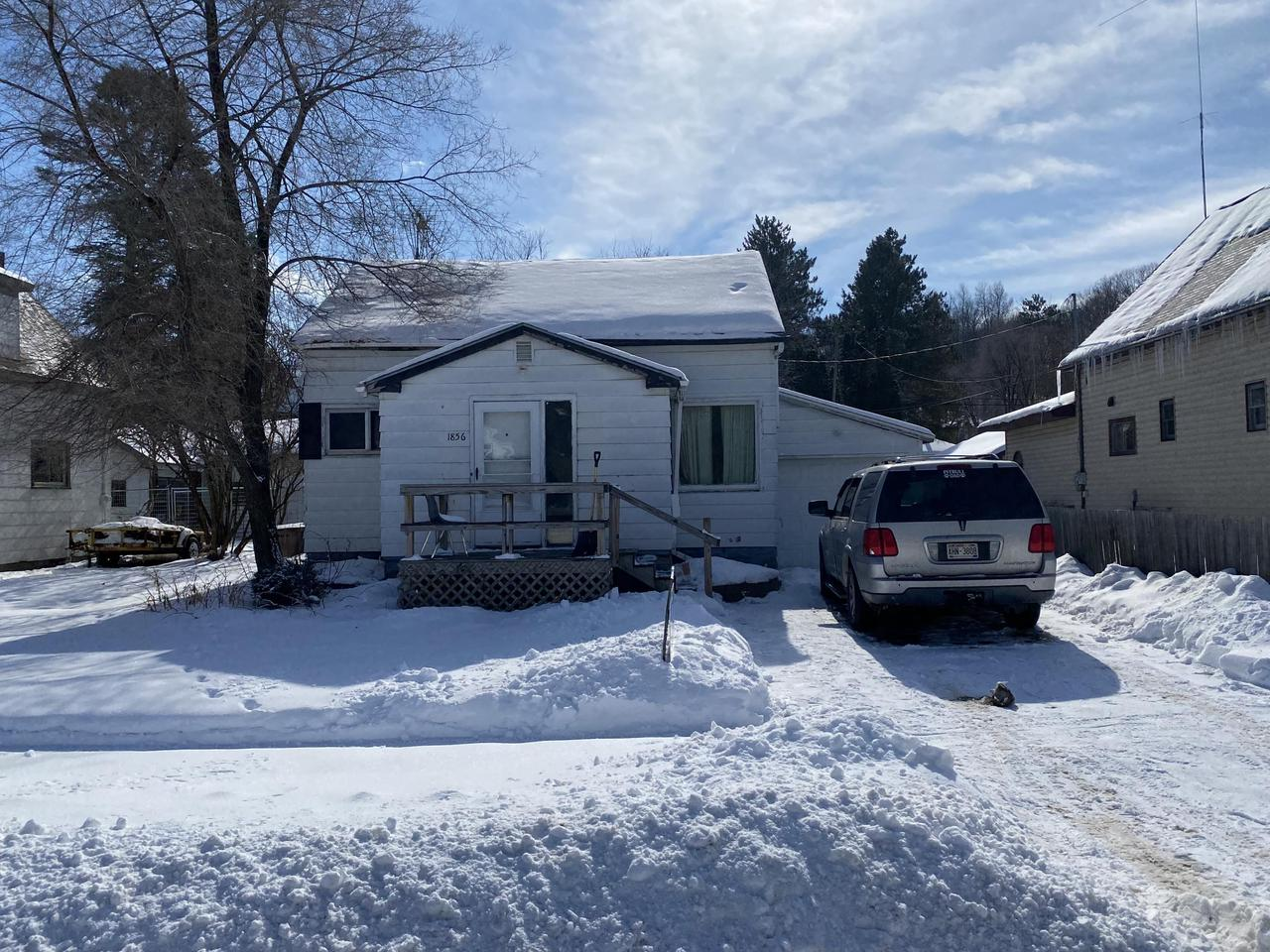View Single-Family Home For Sale at 1856 Ridge St, Niagara, WI