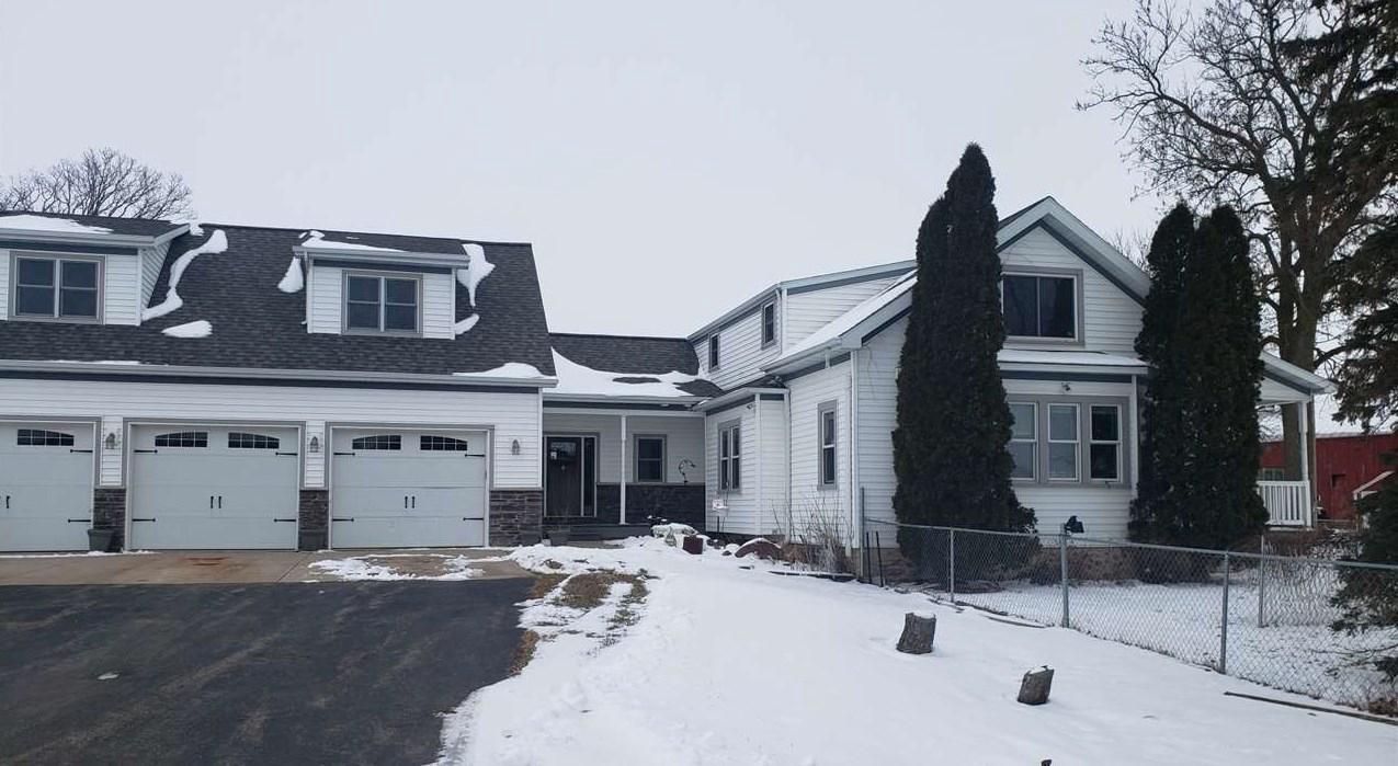 View Single-Family Home For Sale at W342 HANSEN ROAD, De Pere, WI