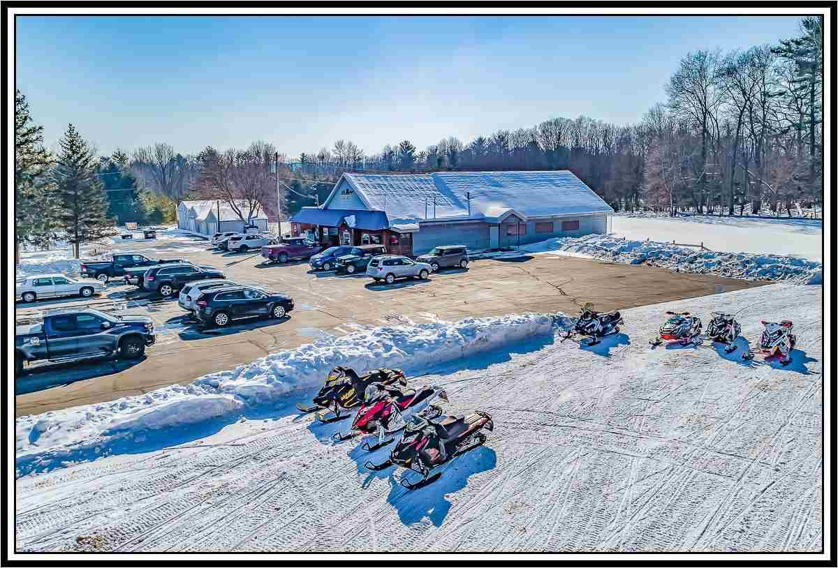 View Commercial For Sale at N2505 BEAN CITY ROAD, New London, WI