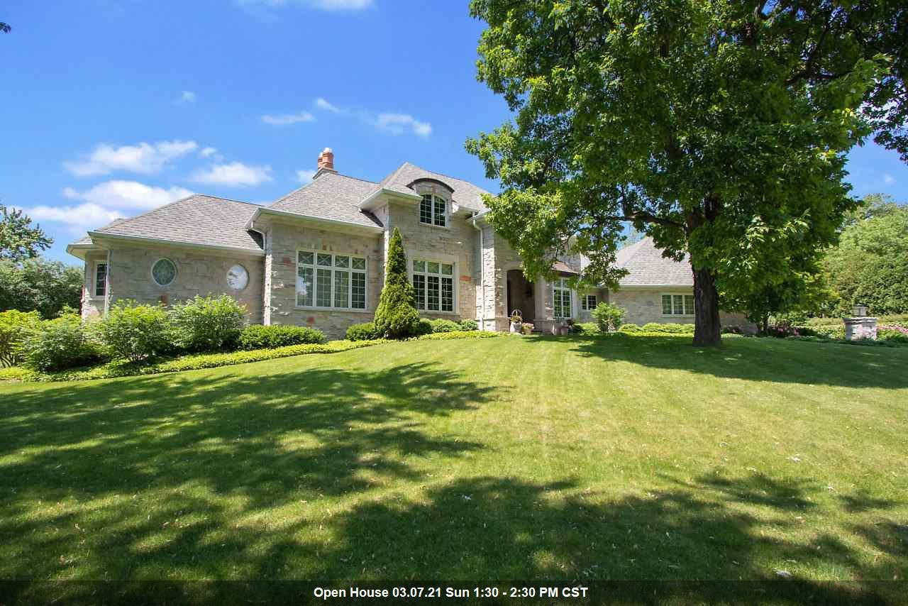 View Single-Family Home For Sale at 3208 RAVINE WAY, Green Bay, WI
