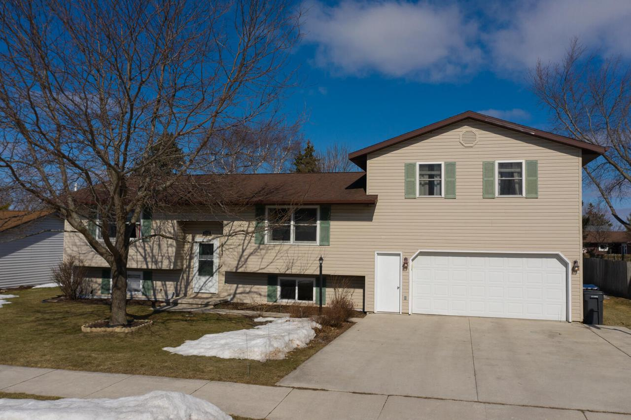 View Single-Family Home For Sale at 1512 Virginia Ave, New Holstein, WI