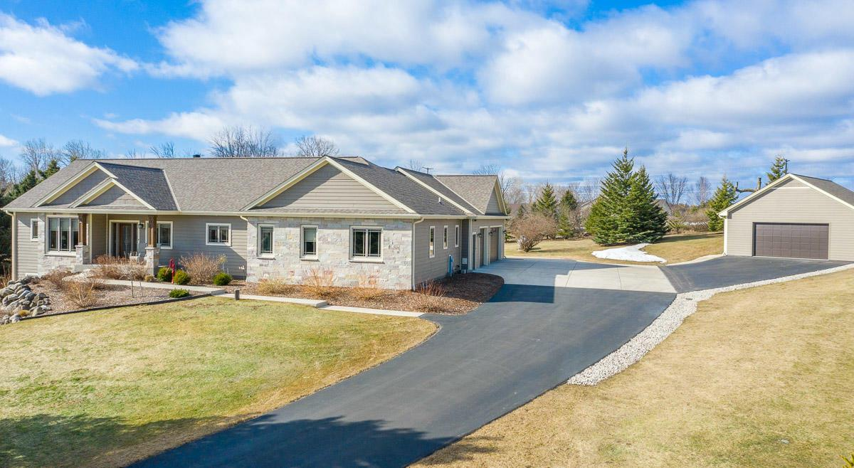 View Single-Family Home For Sale at 2451 Prairie View Ln, Grafton, WI