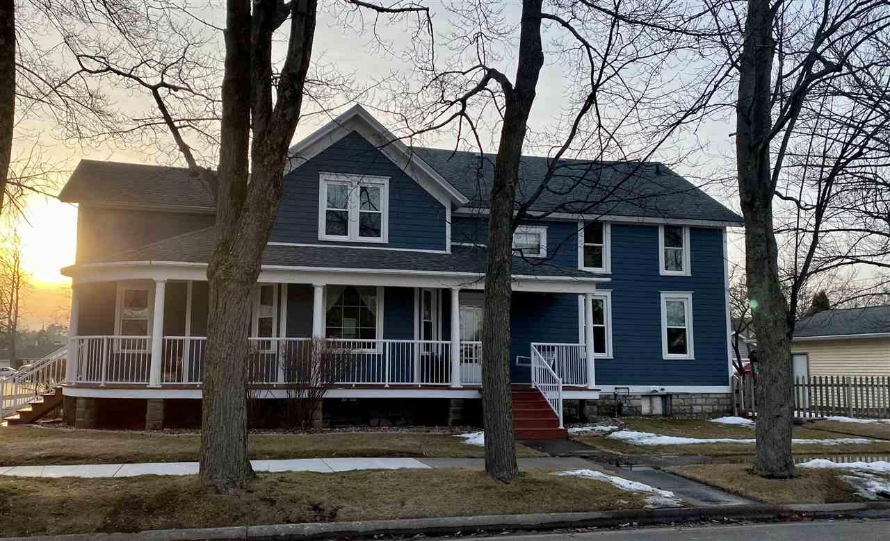 View Single-Family Home For Sale at 1602 GARFIELD AVENUE, Marinette, WI
