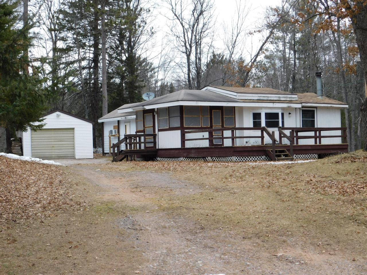 View Single-Family Home For Sale at N11864 Betts Ln, Athelstane, WI