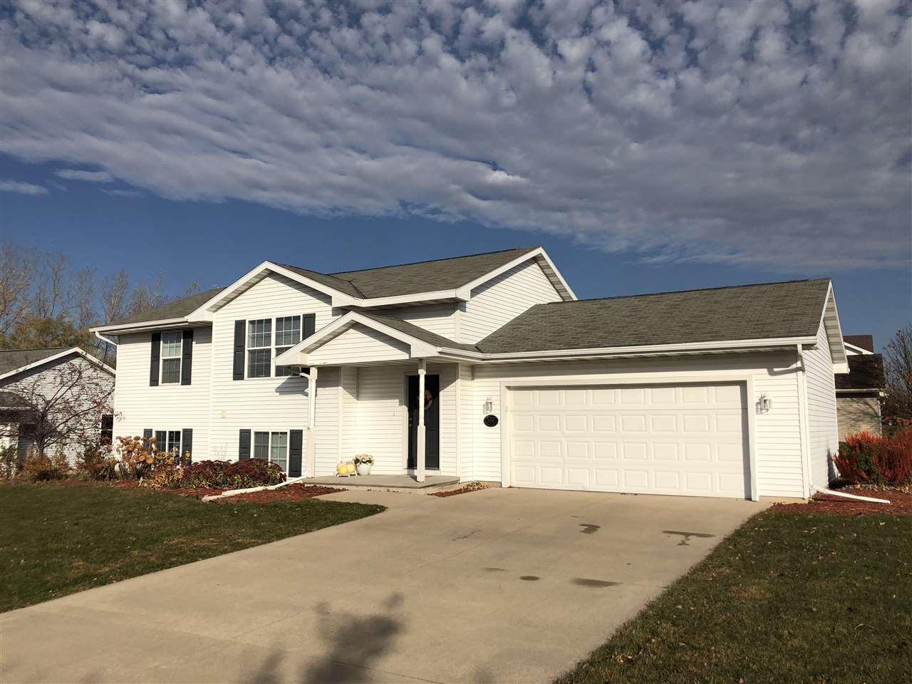View Single-Family Home For Sale at 2158 PRAIRIE VIEW COURT, Menasha, WI
