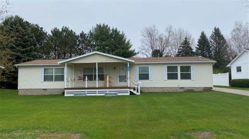 View Single-Family Home For Sale at 440 RAINBOW CIRCLE, Peshtigo, WI