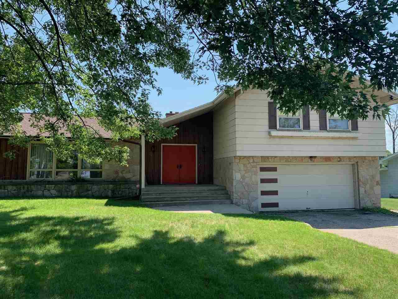 View Single-Family Home For Sale at 2611 14TH AVENUE, Menomonie, MI