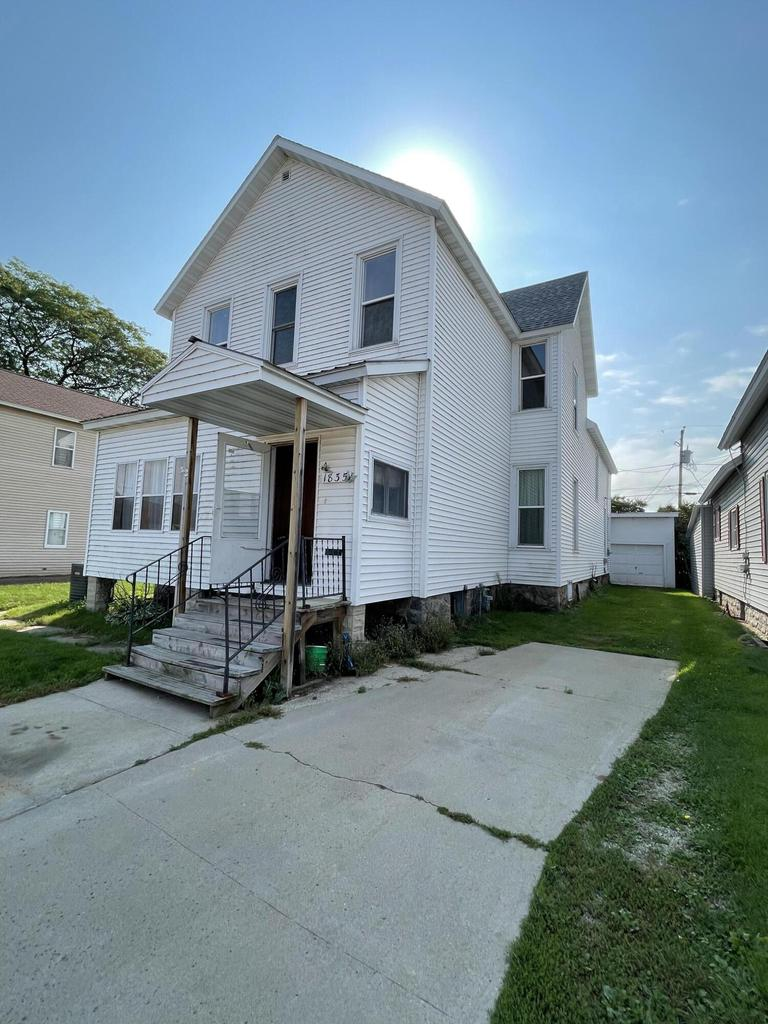 View Single-Family Home For Sale at 1835 Dunlap Ave, Marinette, WI