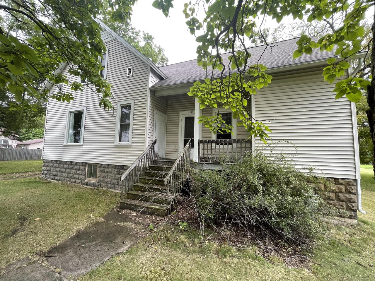 View Single-Family Home For Sale at 2118 10TH St, Marinette, WI