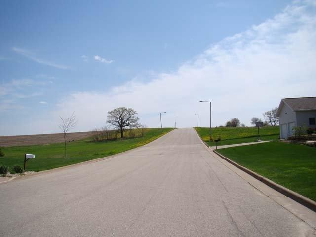 309 Prairie Hills Dr DRIVE, DODGEVILLE, WI 53533