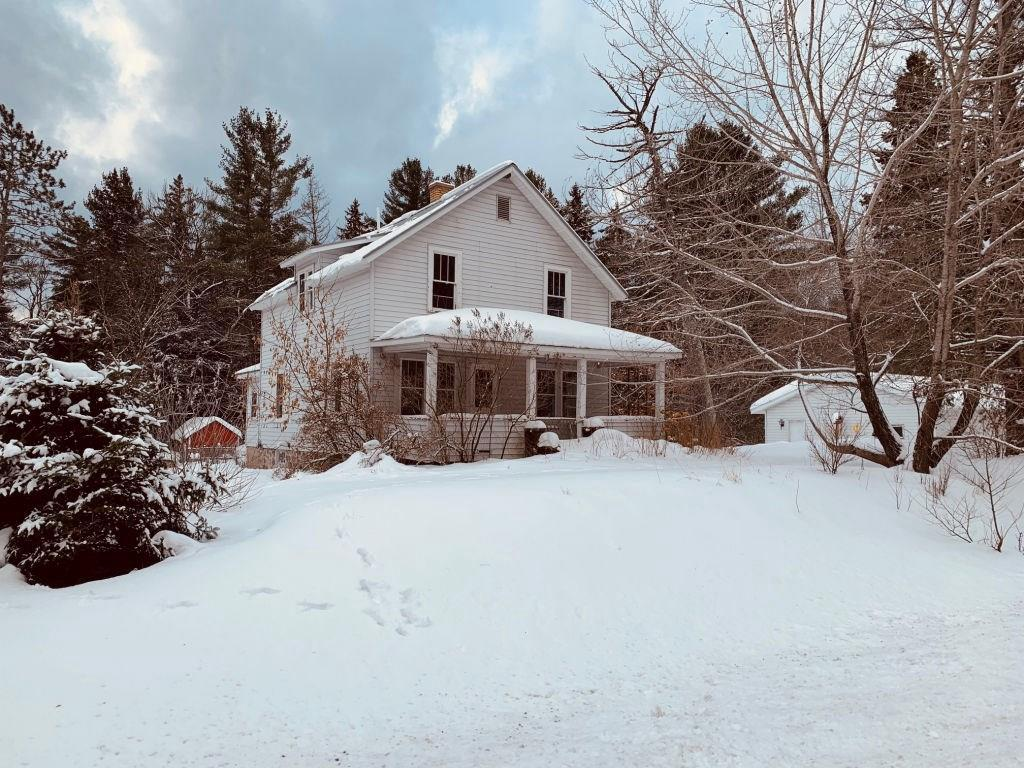 (178/PR) Charming 4-bedroom country home on 1.4+/- acres of land just outside the City of Park Falls. Main level features large kitchen and dining room facing south and west with deck off the back along with a half bath, living room and a bedroom. Second level features full bath along with three additional bedrooms. Full basement with washer/dryer as well as both forced air and wood burning furnaces. Property features large yard and an oversized 2+ car detached garage. Here's your opportunity to buy a large affordable home and return it to its former glory. Call today. $64,900. 2019 taxes: $961. (24-40-01W)